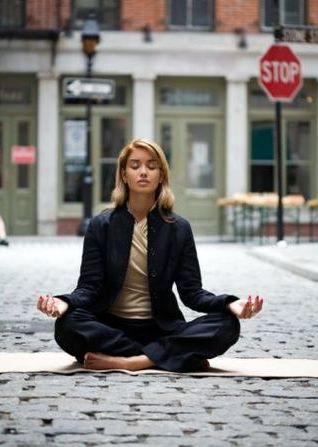 Mindful Tips for Dealing with Holiday Stress